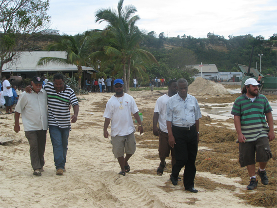Hon. Chief Minister and Hon. Kenneth Harrigan at Sandy Ground beach.